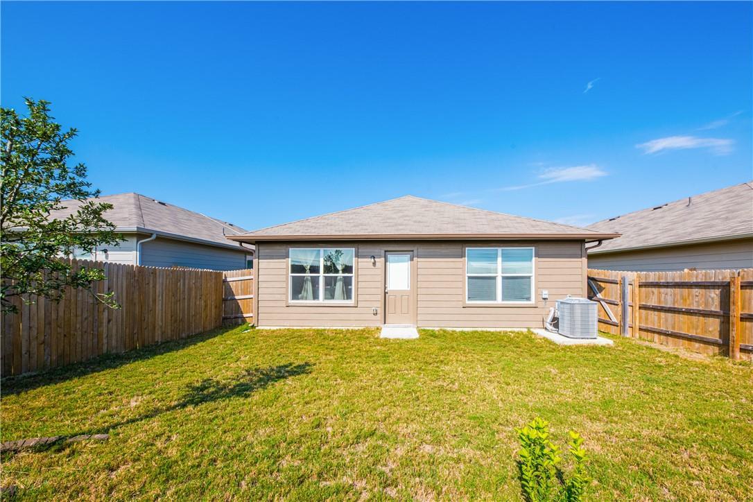 Pending | 14313 Almodine  Road Manor, TX 78653 21