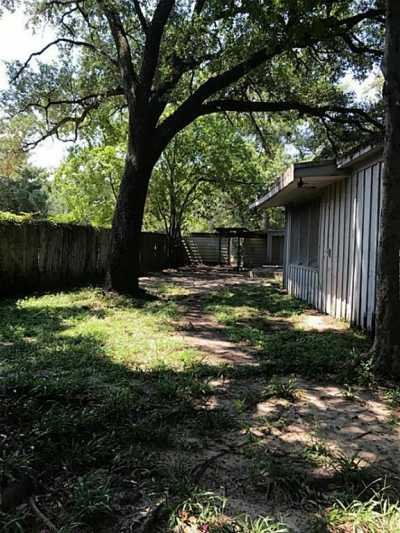 Active | 3720 Ella Boulevard Houston, Texas 77018 6