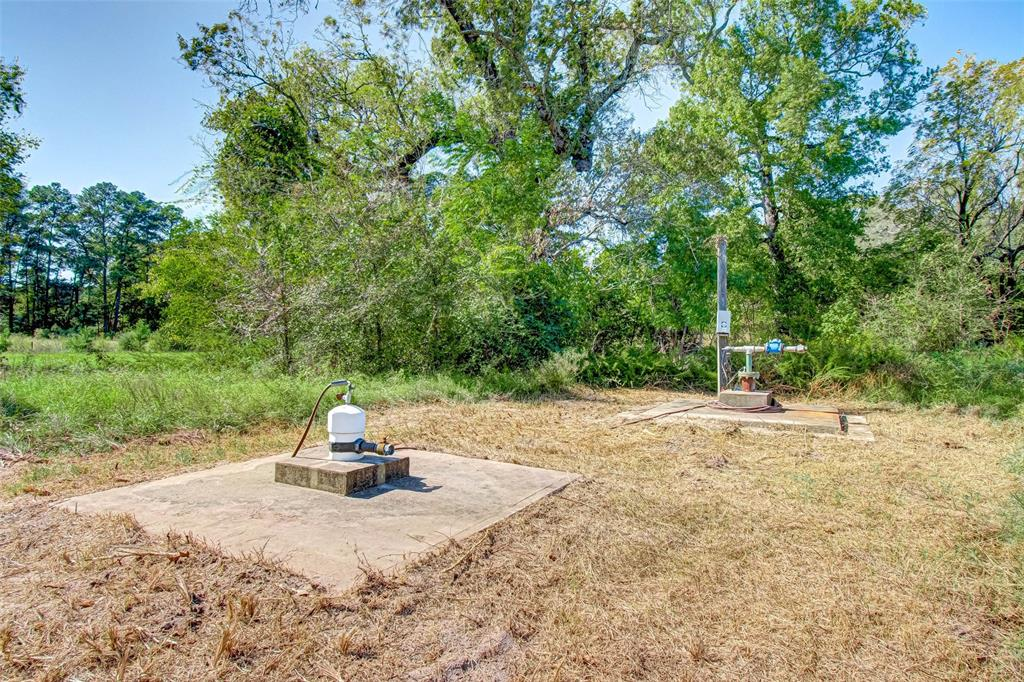 Active   153 Davidson Road Huntsville, Texas 77320 5