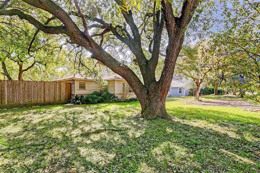 Off Market   4701 Bellview Street Bellaire, Texas 77401 0