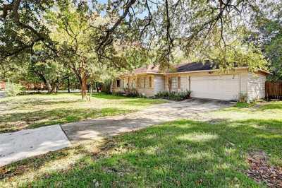 Off Market   4701 Bellview Street Bellaire, Texas 77401 2