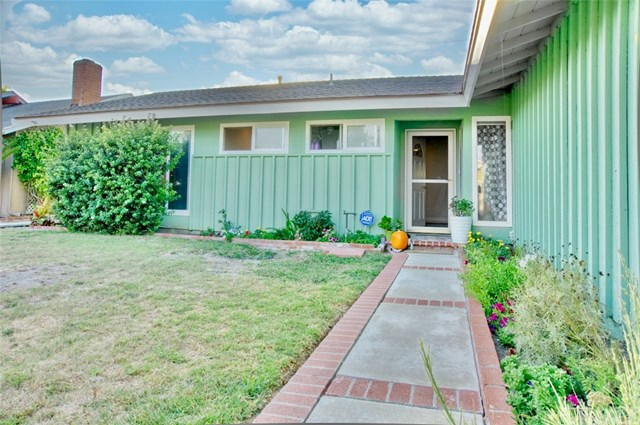 Closed | 15931 Willett  Lane Huntington Beach, CA 92647 2