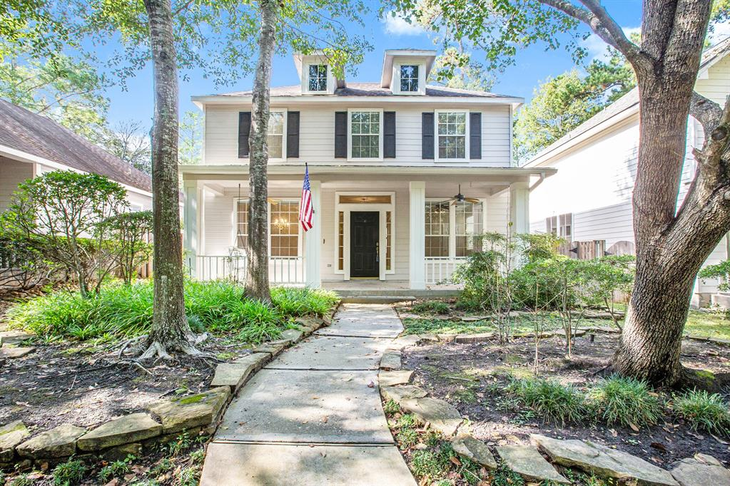 Active | 7 W Cottage Green  Street The Woodlands, TX 77382 1