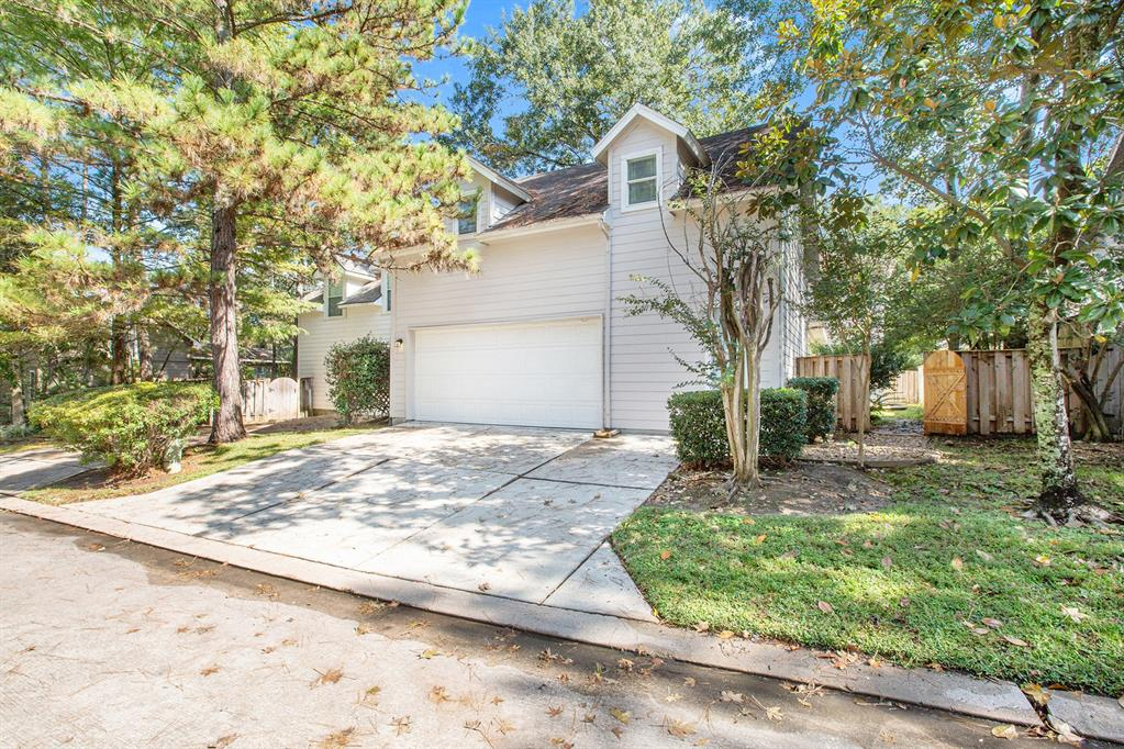 Active | 7 W Cottage Green  Street The Woodlands, TX 77382 32