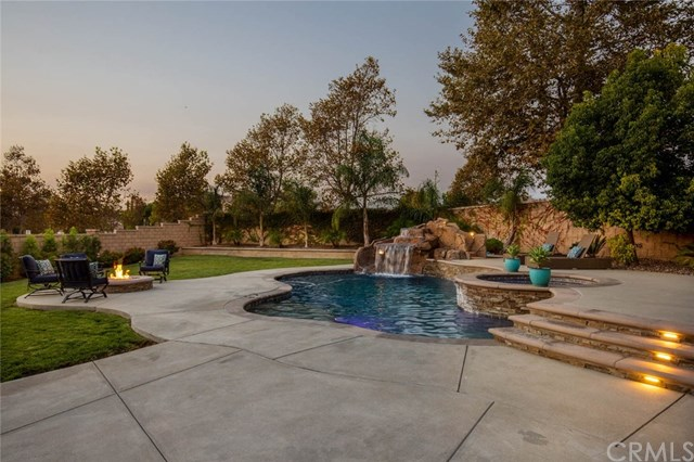 Active Under Contract | 14207 Rolling Stream  Place Eastvale, CA 92880 3