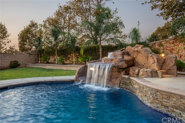 Active Under Contract | 14207 Rolling Stream  Place Eastvale, CA 92880 4