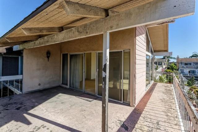 Active | 16321 Niantic  Circle Huntington Beach, CA 92649 14