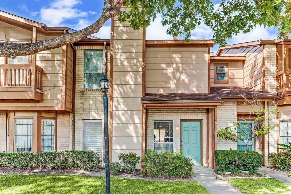 Pending | 12500 Brookglade Circle #153 Houston, Texas 77099 1