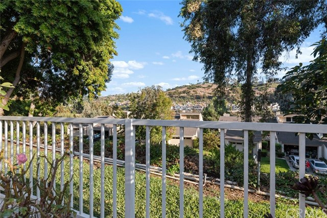 Active Under Contract | 24346 Hillview Laguna Niguel, CA 92677 8