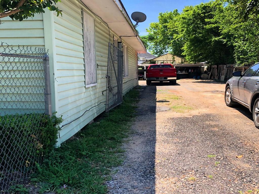 Off Market | 1013 W Cavalcade Street Houston, Texas 77009 7