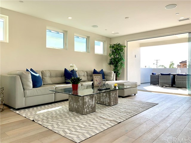 Active | 504 16th  Street Huntington Beach, CA 92648 0