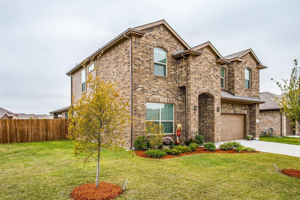 Sold Property | 1212 Alnwick  Lane Saginaw, TX 76131 2