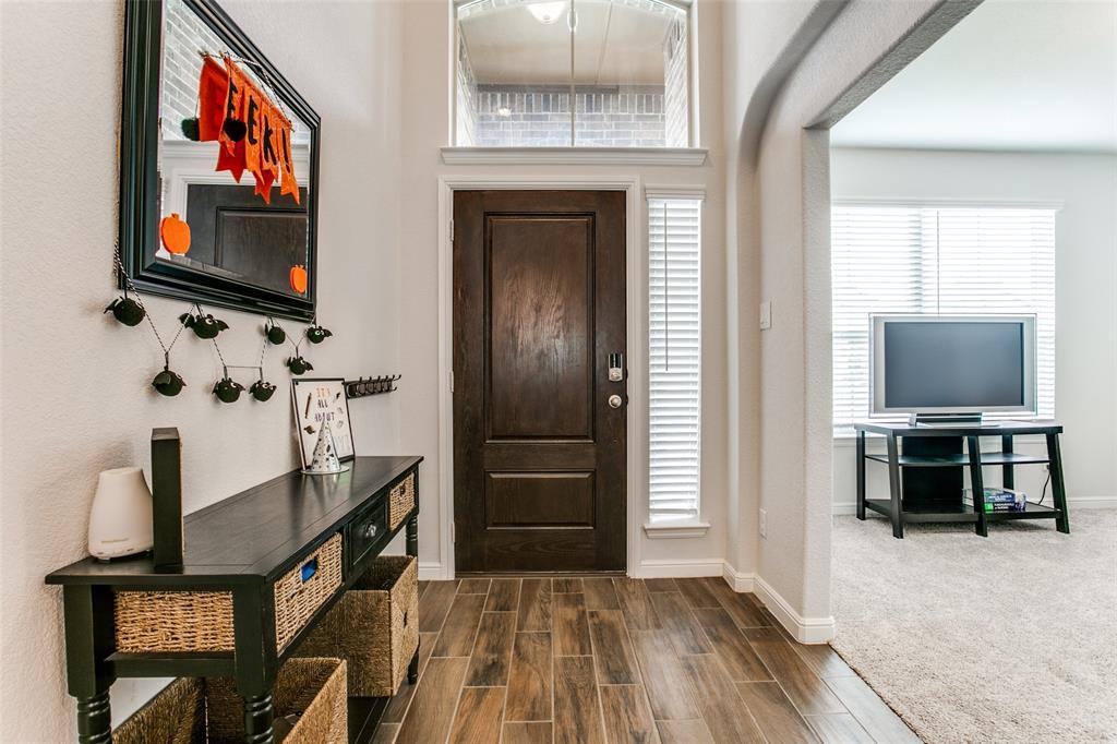 Sold Property | 1212 Alnwick  Lane Saginaw, TX 76131 4
