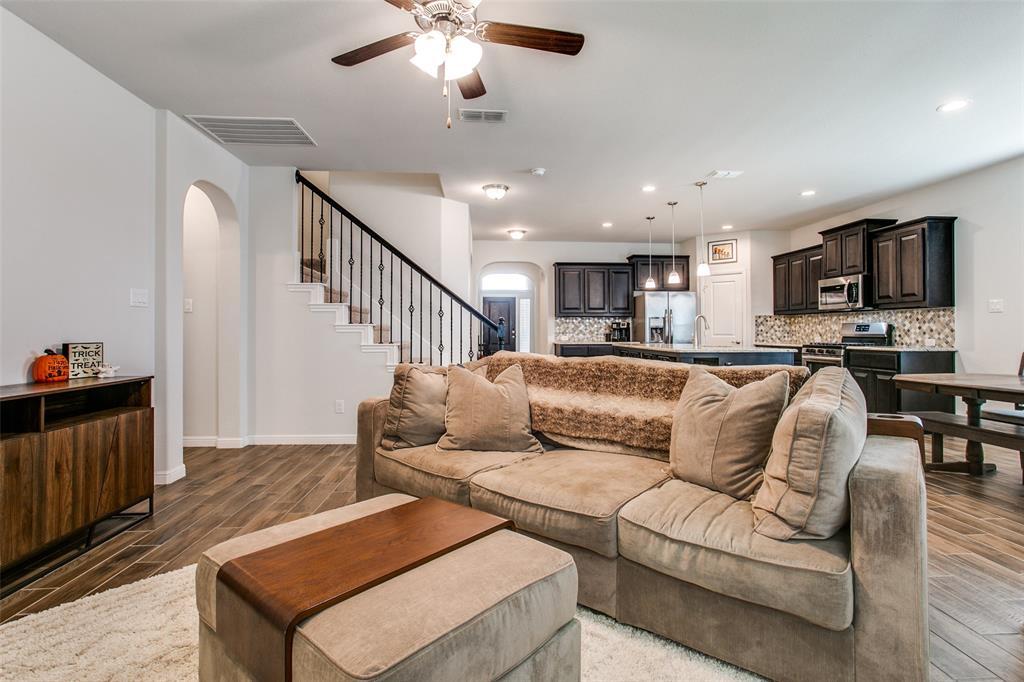 Sold Property | 1212 Alnwick  Lane Saginaw, TX 76131 7
