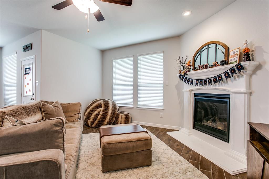Sold Property | 1212 Alnwick  Lane Saginaw, TX 76131 8