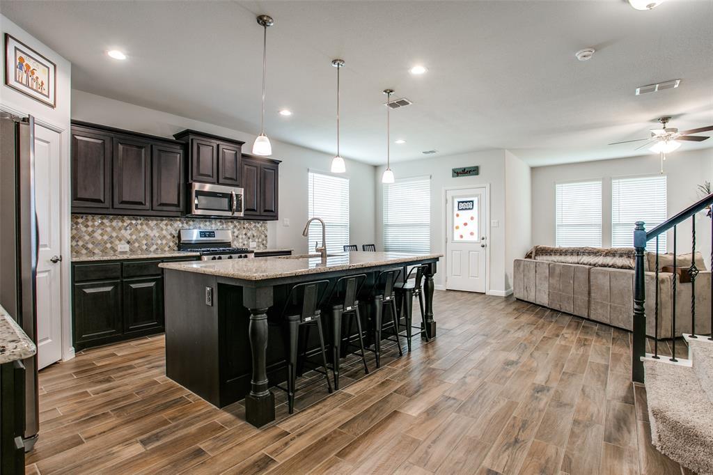 Sold Property | 1212 Alnwick  Lane Saginaw, TX 76131 9