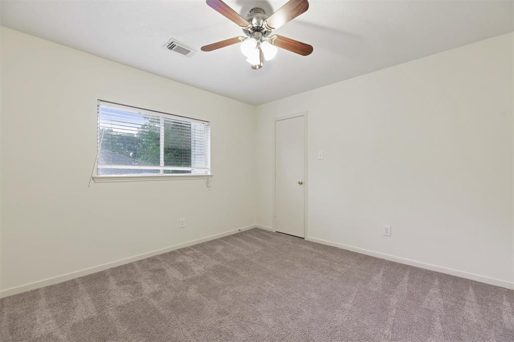 Active | 2023 White Oaks Hills  Lane Kingwood, TX 77339 20