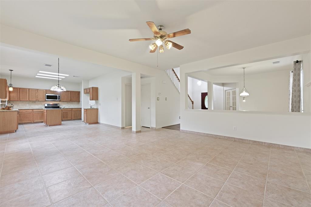 Active | 2023 White Oaks Hills  Lane Kingwood, TX 77339 8