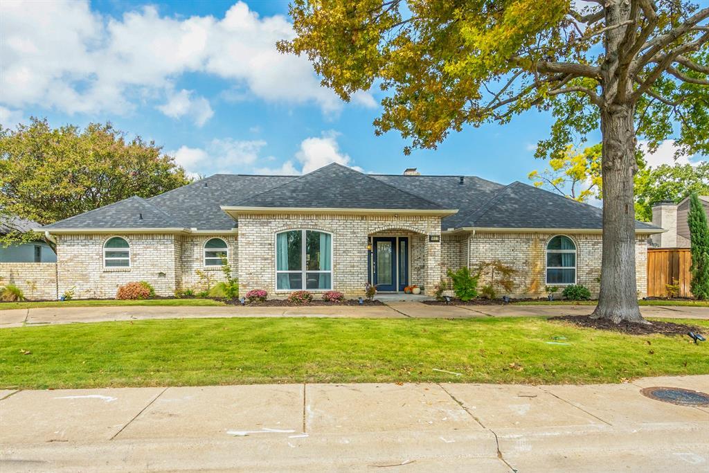 Active | 9055 Church  Road Dallas, TX 75231 1