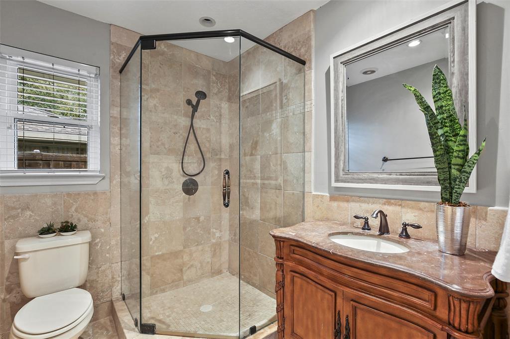 Dallas Real Estate | 7211 La Sobrina  Drive Dallas, TX 75248 21