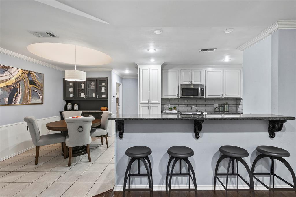 Dallas Real Estate | 7211 La Sobrina Drive Dallas, Texas 75248 9