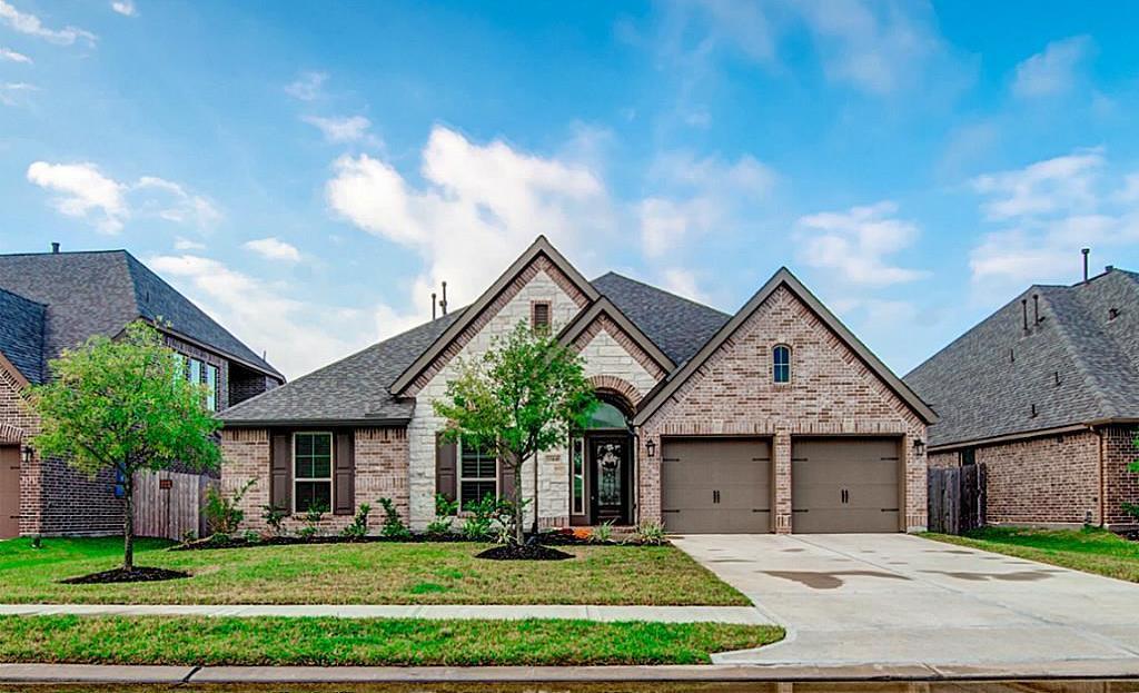 Off Market | 13448 Swift Creek Drive Pearland, Texas 77584 2