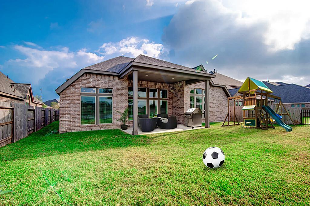 Off Market | 13448 Swift Creek Drive Pearland, Texas 77584 25