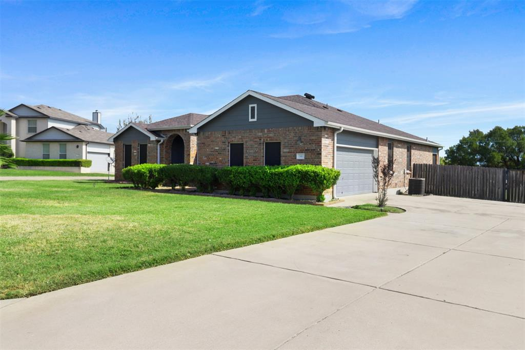 Pending | 241 Trails End  Drive Killeen, TX 76543 4