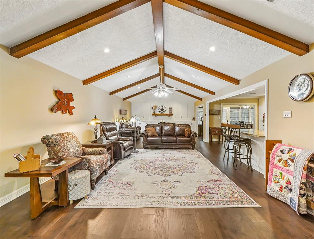 Pending Continue to Show | 13119 Pine Drive Cypress, Texas 77429 13