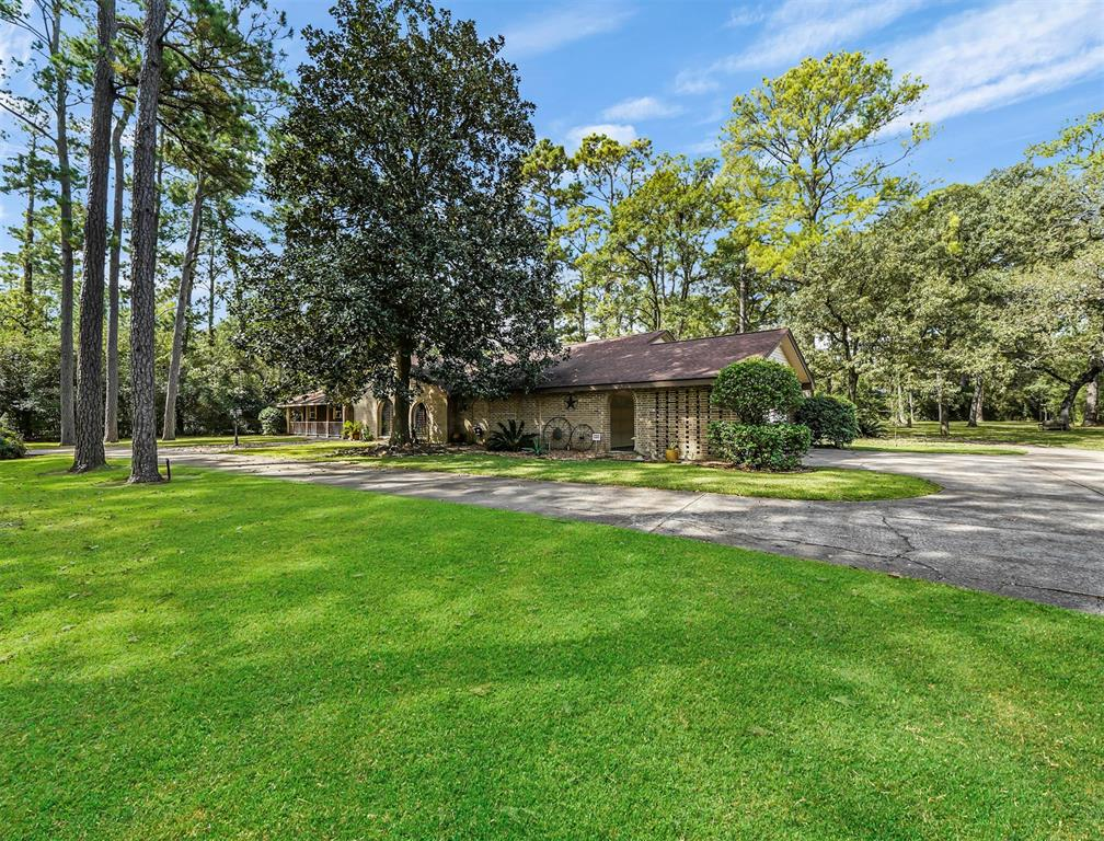 Pending Continue to Show | 13119 Pine Drive Cypress, Texas 77429 1