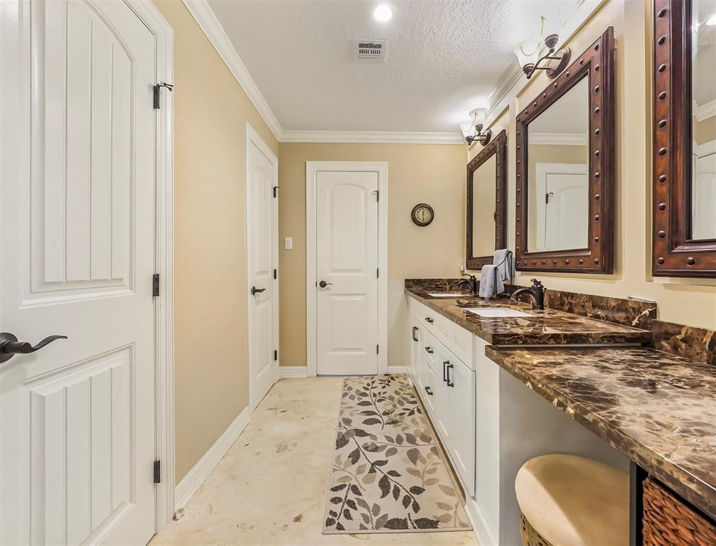 Pending Continue to Show | 13119 Pine Drive Cypress, Texas 77429 26