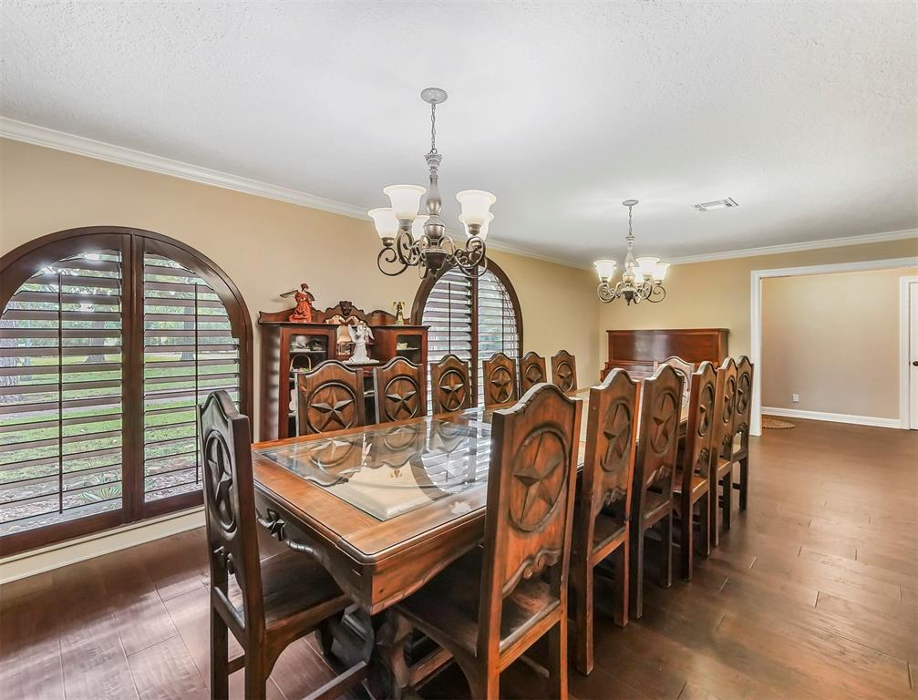 Pending Continue to Show | 13119 Pine  Drive Cypress, TX 77429 8