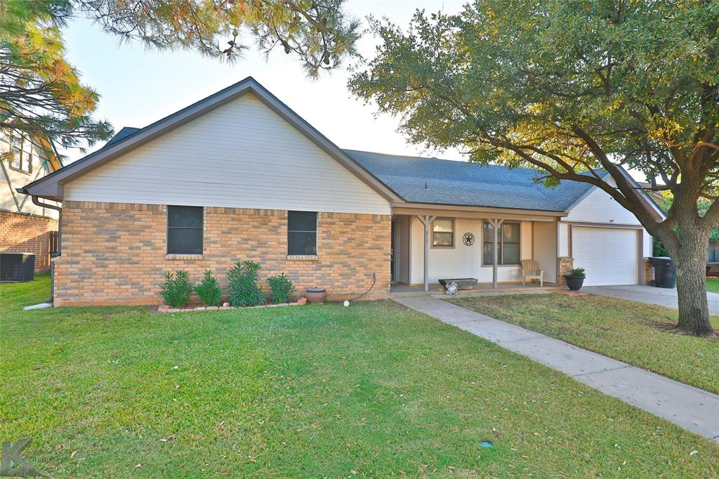 Sold Property | 817 Chanticleers  Lane Abilene, TX 79602 1