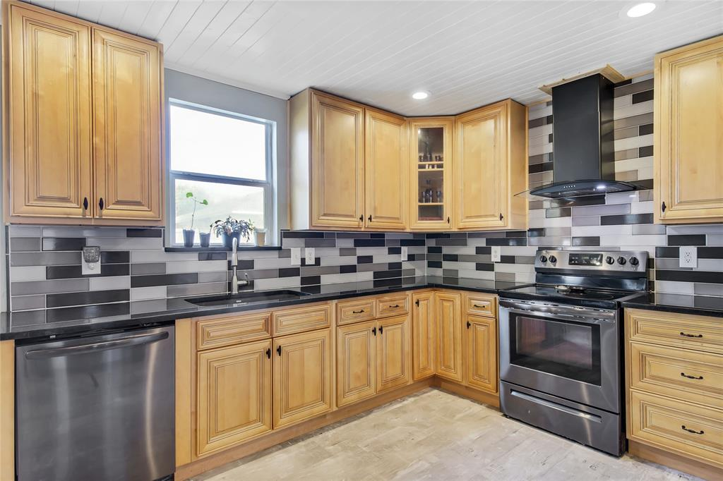 Sold Property | 1949 Copper Mountain  Drive Fort Worth, TX 76247 4
