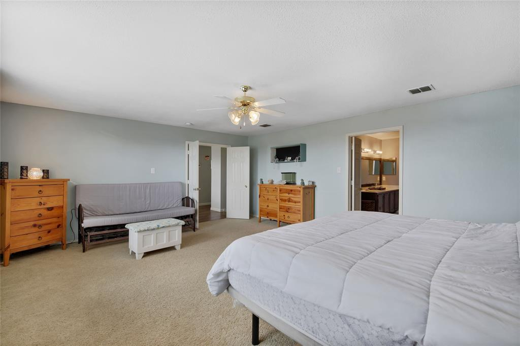 Pending | 1949 Copper Mountain  Drive Fort Worth, TX 76247 34