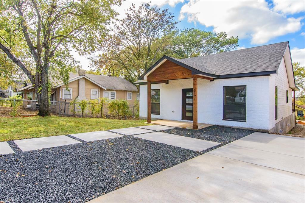 Active | 1807 S Marsalis  Avenue Dallas, TX 75216 1