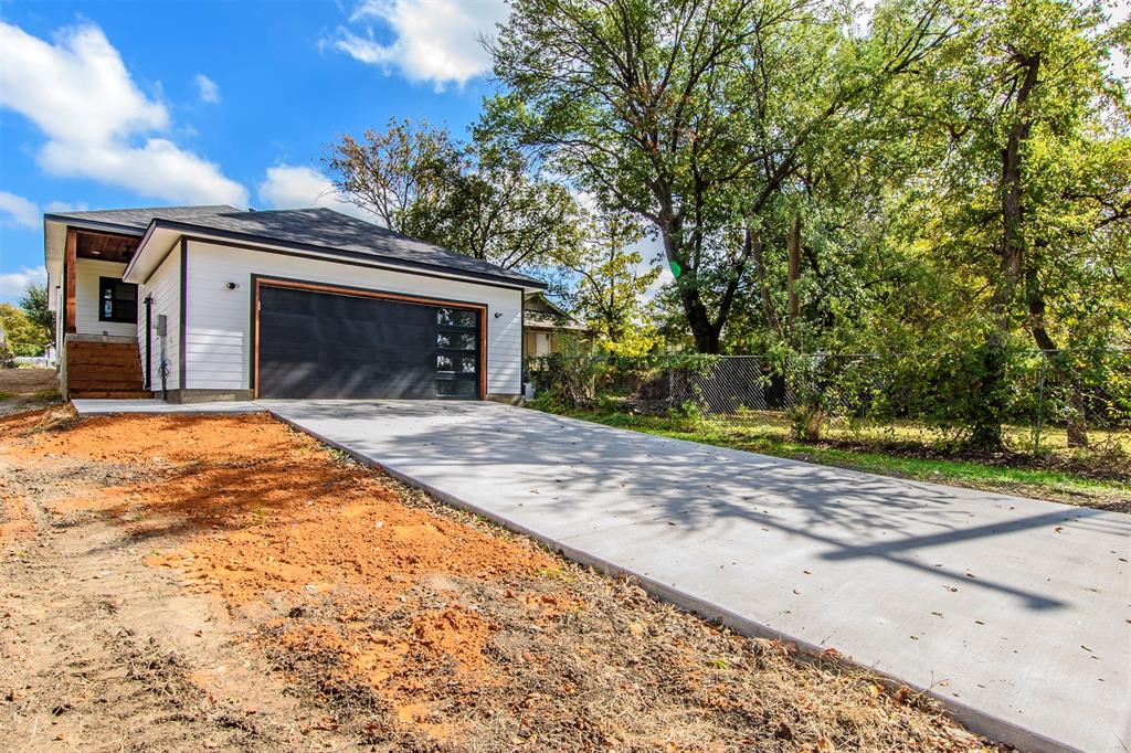 Active | 1807 S Marsalis  Avenue Dallas, TX 75216 20