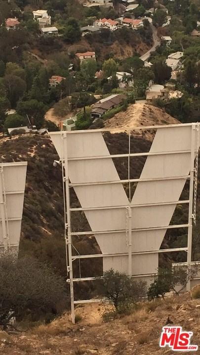 Closed | 6111 Mulholland  Highway Los Angeles, CA 90068 1