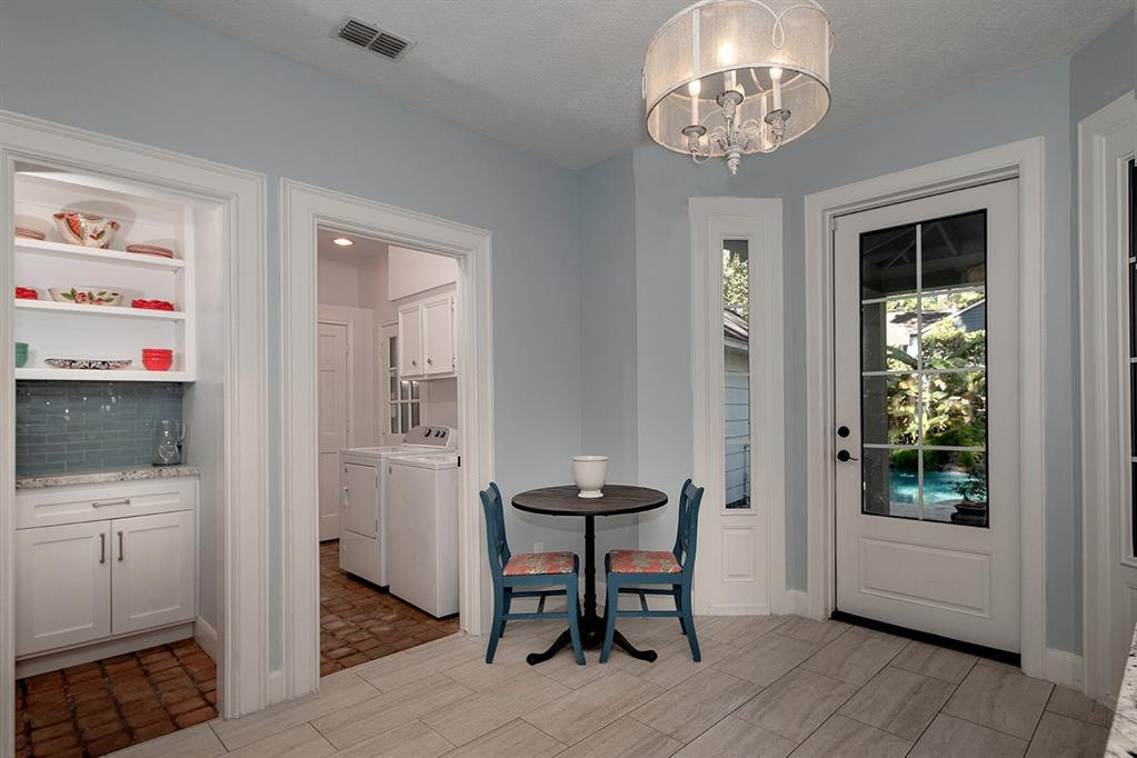 Active | 47 W Placid Hill  Circle The Woodlands, TX 77381 21