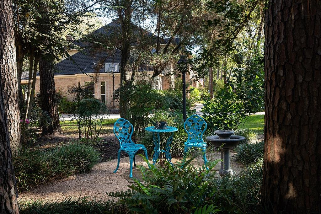 Active | 47 W Placid Hill  Circle The Woodlands, TX 77381 4