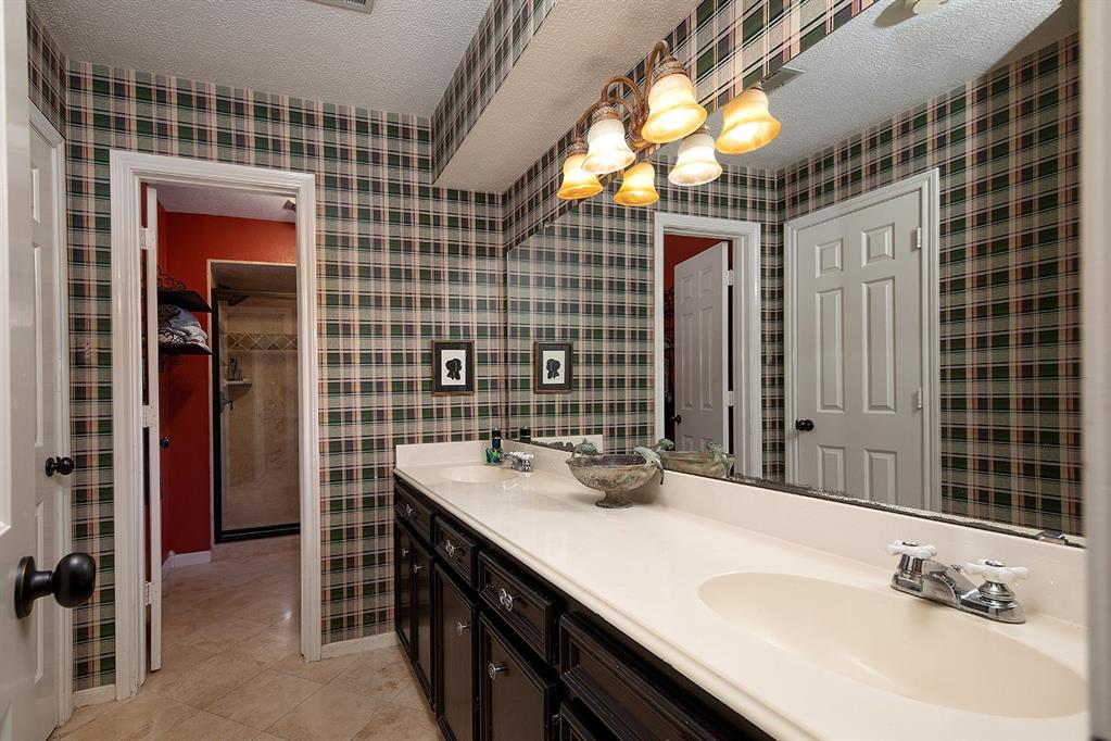 Active | 47 W Placid Hill  Circle The Woodlands, TX 77381 37