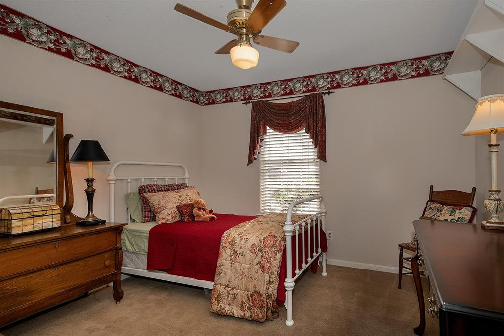 Active | 47 W Placid Hill  Circle The Woodlands, TX 77381 39