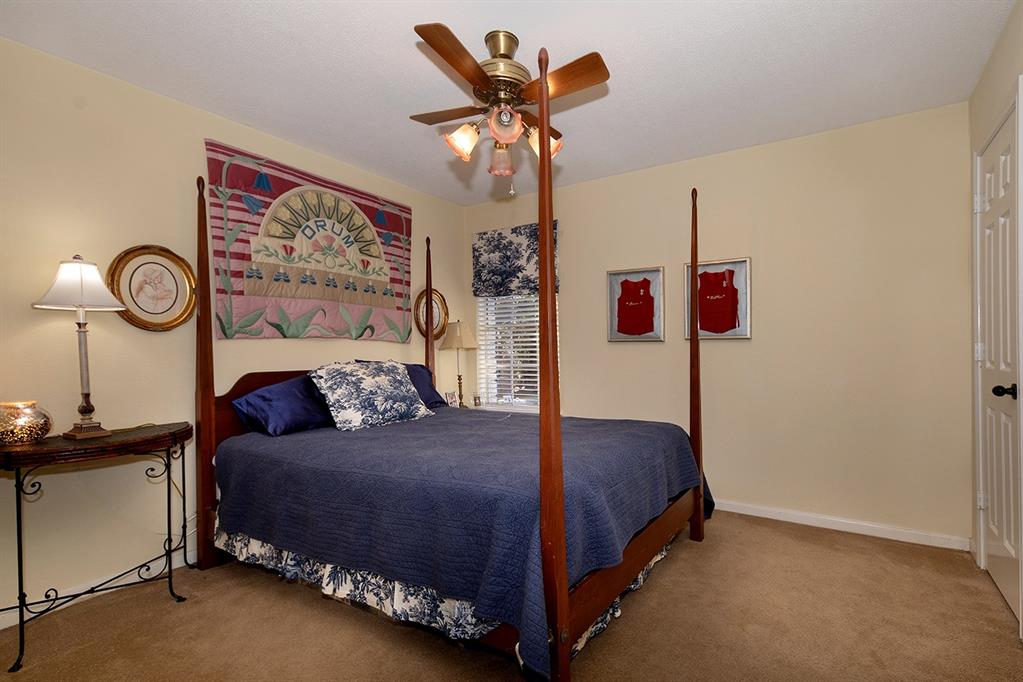 Active | 47 W Placid Hill  Circle The Woodlands, TX 77381 41