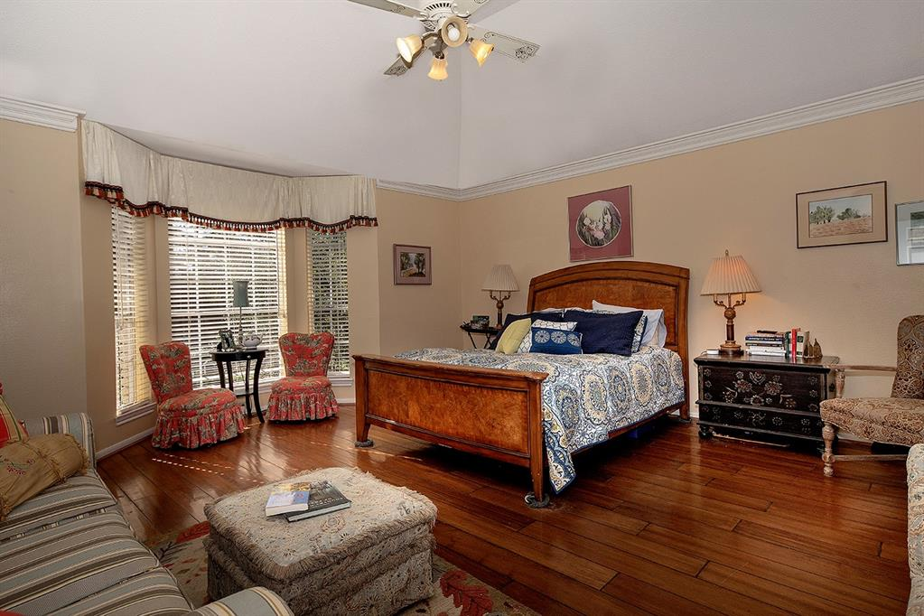 Active | 47 W Placid Hill  Circle The Woodlands, TX 77381 43