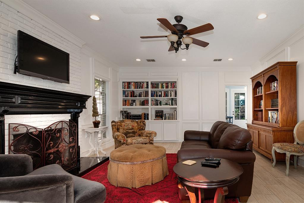 Active | 47 W Placid Hill  Circle The Woodlands, TX 77381 13