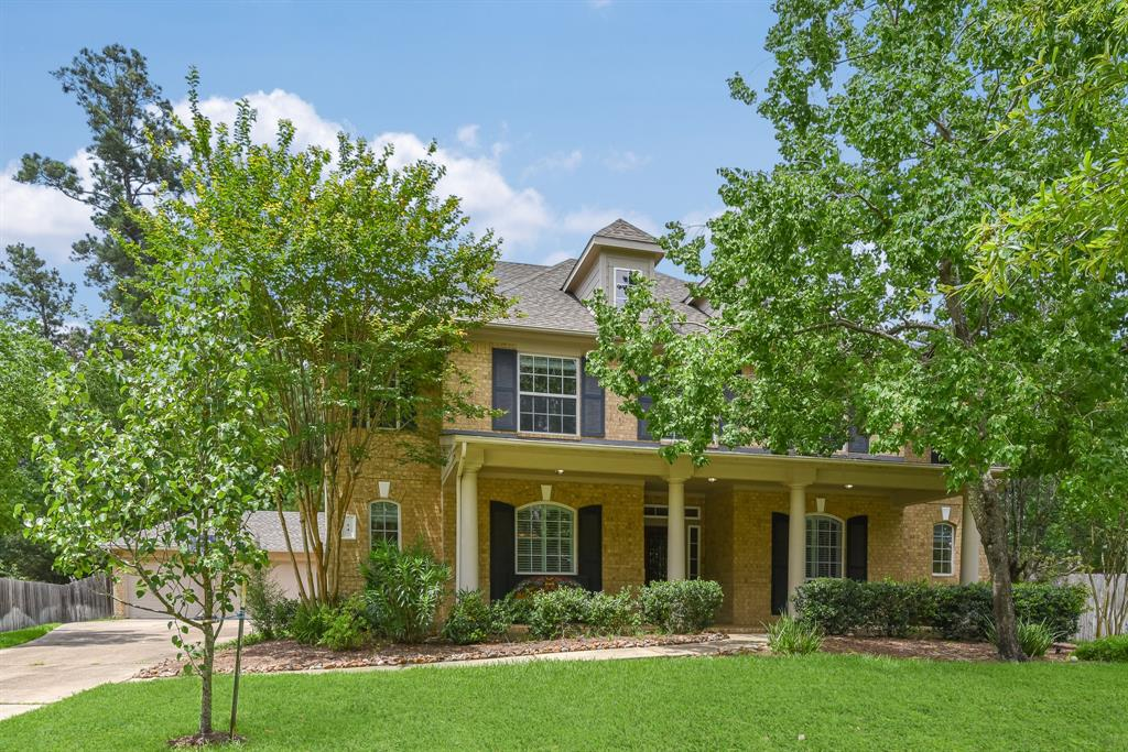 Active | 34 N Wyckham  Circle The Woodlands, TX 77382 1