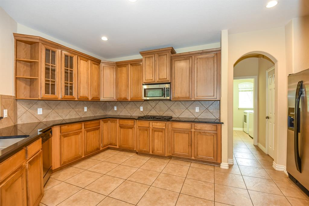 Active | 34 N Wyckham  Circle The Woodlands, TX 77382 5