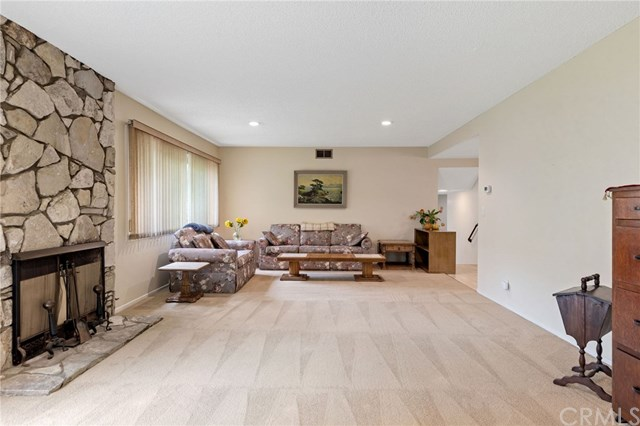 Active Under Contract | 22929 Fonthill  Avenue Torrance, CA 90505 16