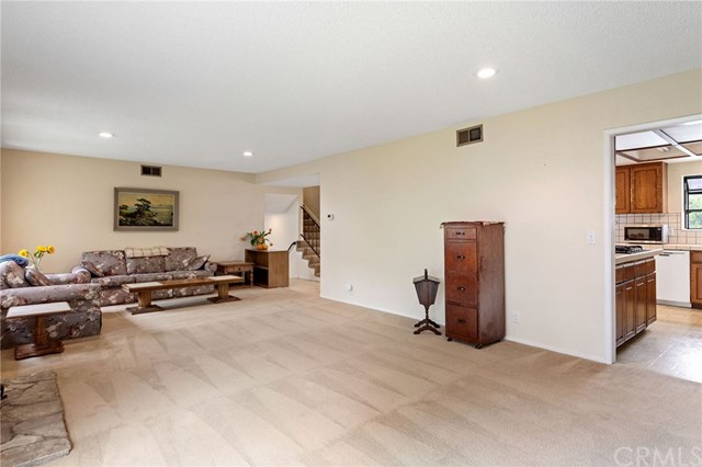 Active Under Contract | 22929 Fonthill  Avenue Torrance, CA 90505 17
