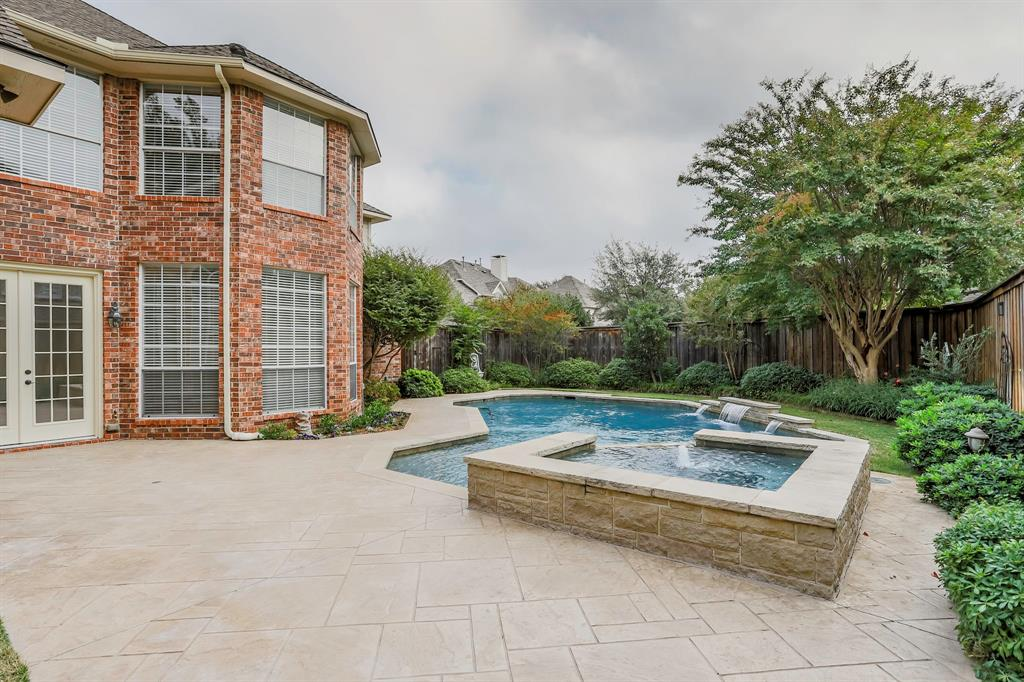 Pending | 2804 Harkness  Drive Plano, TX 75093 33